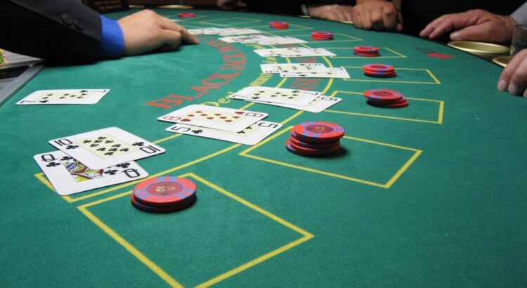 Casinoper Tek Deste Blackjack